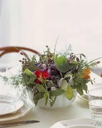 Casual Kitchen Table Centerpiece Ideas by Easy Centerpieces Martha Stewart