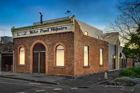 100 Converted Warehouse For Sale Melbourne A Converted Farriers Building Comes Up For Auction In