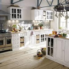 cuisine cagnarde 20 idées pour une cuisine en blanc de vos rêves cuisine