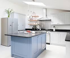 code couleur cuisine grande cuisine avec ilot central 4 cuisine bleu gris canard ou