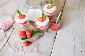 erdbeer sahne quark ein rezept zum verlieben