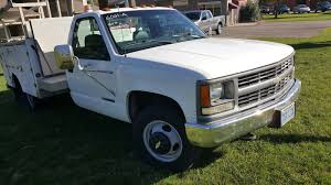 2000 Chevrolet C/K 3500 - Overview - CarGurus 2000 Chevy Silverado Project New Guy Truckin Magazine Travis Lyssy His 00 Chevy Silverado Black 2006 Chevrolet 1500 Ls Regular Cab 4x4 Exterior With Gmc Sierra Like Pickup Truck 53l Red Youtube 2500hd My Vehicles Pinterest Ck 3500 Overview Cargurus Lowrider Amazoncom Maisto 127 Scale Diecast Vehicle Lt Z71 For Sale Photos Informations Articles Bushwacker