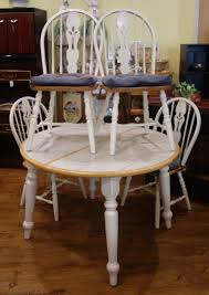 Country Cottage Tile Top Dining Set W/ 4 Chairs And 1 Leaf