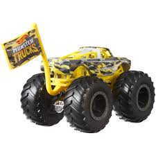 Hot Wheels Monster Trucks Camo Crashers Vehicle (Styles May Vary ...