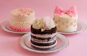 3 easy mini buttercream cakes Rosie s Dessert Spot