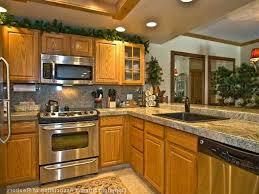 Decor Ideas Source Wonderful Kitchen With Oak Cabinets