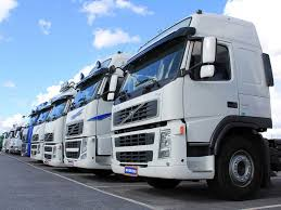 Master A HGV In This Truck Driving Experience | Proper Presents Gift ...