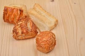 pâte feuilletée de beaucoup de différentes sortes avec le fromage