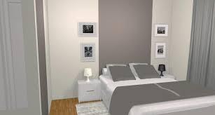 rideau fenetre chambre commode blanche avec miroir longs rideaux blancs fenêtre darc