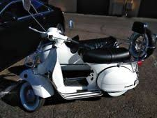 80 Vespa P200 With Original Sought After California Sidecar Only 651 Miles