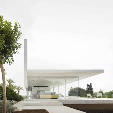 100 Glass Walled Houses Fran Silvestre Arquitectos Designs A Home Overlooking