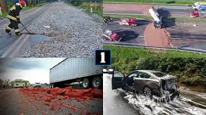 100 Funny Trucking Pictures 13 Crazy Highway Spills That Are Weird Gross And Hilarious