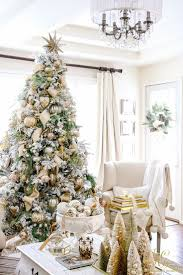 What Trees Are Christmas Trees by Best 25 Gold And Silver Christmas Trees Ideas On Pinterest