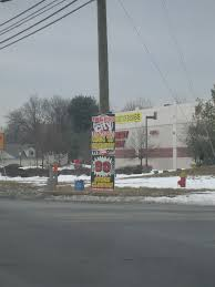 Dead and Dying retail Circuit City and fice Depot in Newington