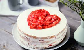 cake erdbeer sahnecreme torte
