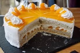 sommerlich vegane käsesahne torte mit mandarinen herr johann
