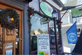 Christmas Tree Shop North Conway by Welcome White Mountain Independents