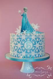 elsa die eiskönigin torte fondant mit wafer paper