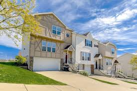 100 Homes In Kansas City Falcon Falls Apartments And In Missouri