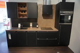 nobilia musterküche küchenzeile lack laminat schwarz mit