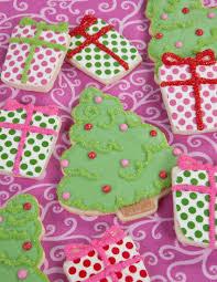Whoville Christmas Tree Edmonton by Pink Christmas Decor Decorating Ideas Idolza