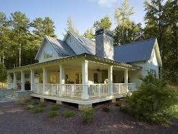 Farmhouse Houseplans Colors Best 25 Southern Farmhouse Ideas On Pinterest Ranch House Plans