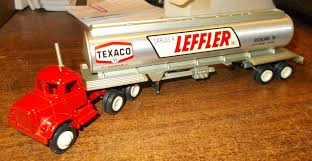 100 Mclean Trucking Winross Inventory For Sale Truck Hobby Collector Trucks