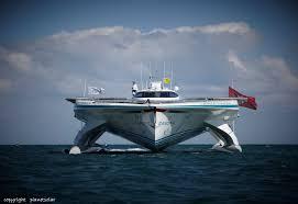 tûranor planetsolar le plus grand bateau solaire au monde amarré