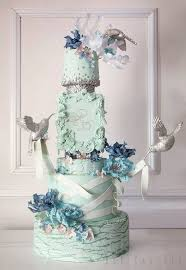 3 Crazy Beautiful Wedding Cakes by Kek Couture