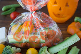 Healthiest Halloween Candy 2015 by Bell Pepper Jack O Lantern Veggies And Ranch Dip Healthy Ideas