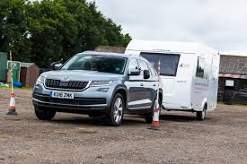 Towing Guide 2018: UK Laws, Licences, Costs And Tips | Auto Express
