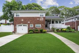 100 Houses For Sale Merrick 603 Bond Ct NY MLS 3137002 Hal Knopf Realty 516764