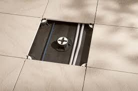 carrelage en grès cérame 60x60 épaisseur 2 cm sur plot stonetrack