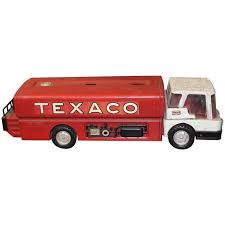 1960s Texaco Oil Gas Metal Toy Tanker Truck For Sale At 1stdibs Citgo 1997 Toy Tanker Truck Estatesaleexpertscom Bp 1992 Vintage With Wired Remote Control New Ebay Lot Of 2 Texaco Colctible Toys Gearbox Peterbilt Tanker 1975 1993 Mobil Collectors Series Le 14 In Original Amazoncom Amoco Silver Toys Games 2004 Hess Miniature Classic Wood Tractor Trailer Etsy Upc 089907246353 Bp Limited Edition Milk Sideview Stock Photo Image Of Truck Toys Sand Play Haba Usa 1976 Working Three Barrels In Box Inserts