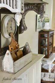 Primitive Kitchen Decorating Ideas by Best 10 Old Tool Boxes Ideas On Pinterest Used Tool Boxes