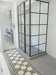 estrich als bodenbelag im badezimmer kreativ gestalten und