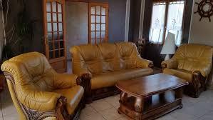 canapé cuir et bois rustique canape cuir 3 places 2 fauteuils table en chene occasion en