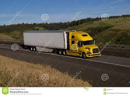 100 Volvo Truck Usa Yellow Semi White Trailer Editorial Photography