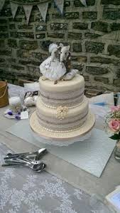 Rustic Wedding Cake With Hessian And Lace