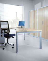 Pin By Rahayu12 On Xclusive Office Decoration | Office Table ...