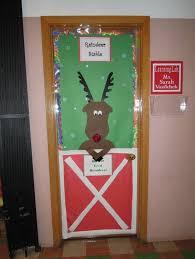 Christmas Office Door Decorating Ideas Contest by Backyards Grinch Christmas Door Decorating And Office Doors