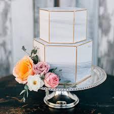 11 Luxurious Marble Wedding Cakes