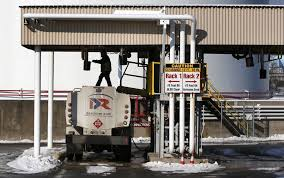 100 New England Truck Stop In Low Heating Oil Prices Buy Some Time The San Diego