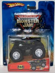 100 Monster Truck Batman DC Mattel Hot Wheels Jam 27 Official