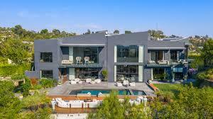 104 Beverly Hills Houses For Sale John Legend And Chrissy Teigen Sell Mansion 16 8 Million Architectural Digest
