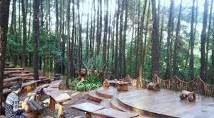 Teater Terbuka Di Hutan Pinus Mangunan Yang Hits Media Sosial Topsyfr