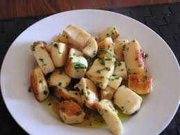 cuisiner de la seiche recette de lamelles de seiche à la sauce verte la recette facile