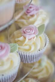 English Country Garden Cupcakes By Vintage And Cake