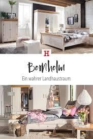 landhausmöbel im schlafzimmer strahlen gemütlichkeit aus