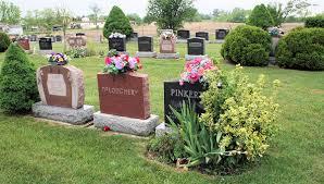 memorial day graveside decorations memorial day grave decorations ideas how to arrange memorial day